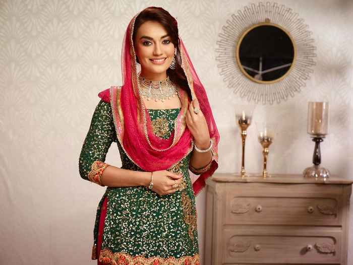 Surbhi Jyoti HD Picture