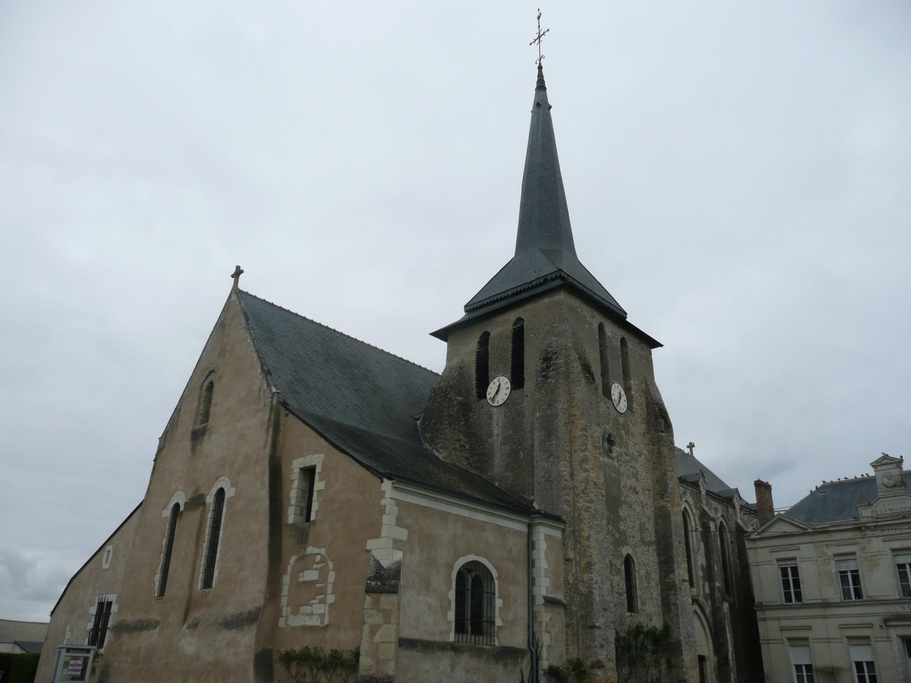 Une fille et ses frères baptisés à 4 heures d'intervalle (Seiches-sur-le-Loir, 1593)