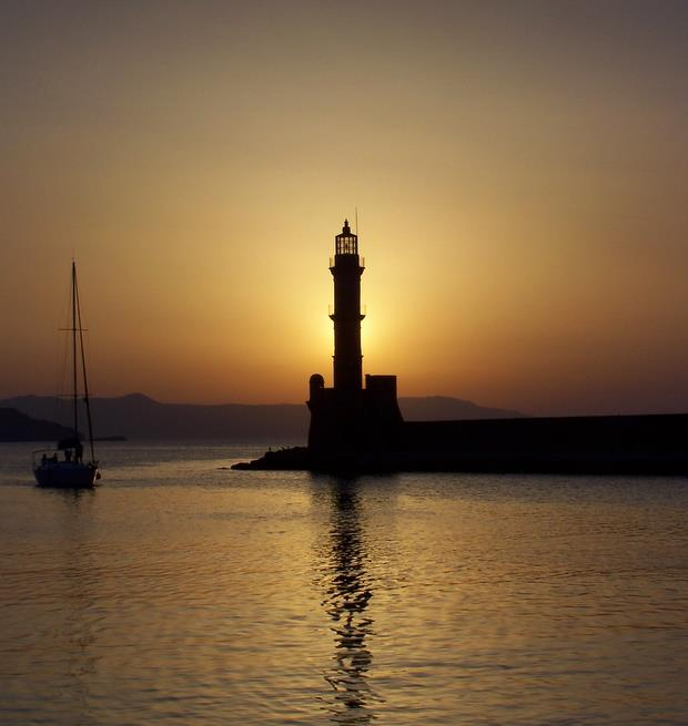 Chania lighthouse, backlit - Mike Sowden, 2007