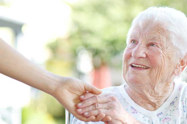 How To Help Your Elderly Parents When Its Time To Move
