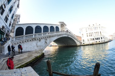 Oh hey, Rialto bridge is visible once more.