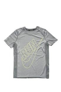 NIKE - Αγορίστικη κοντομάνικη μπλούζα NIKE DRY TOP SS MILER GFX γκρι