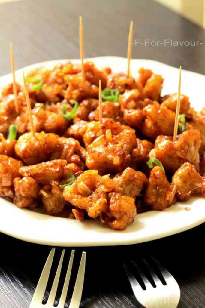 gobi manchurian dry served in a plate
