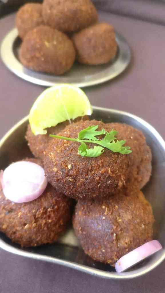 mutton kola urundai arranged in a plate