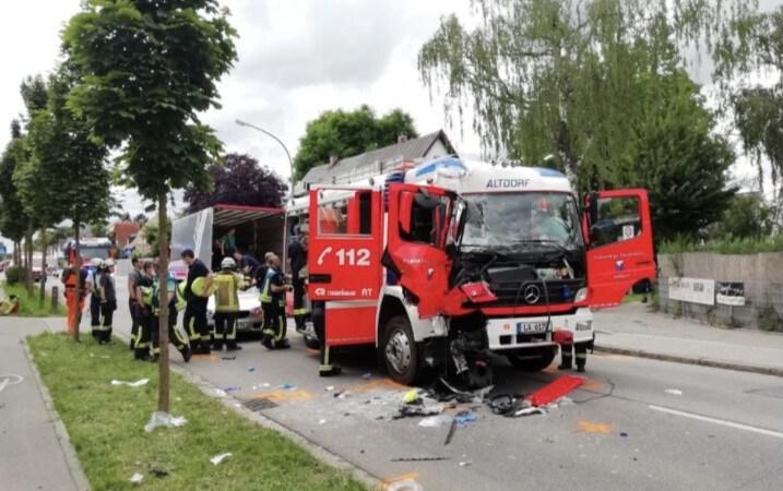 THL Verkehrsunfall mit HLF