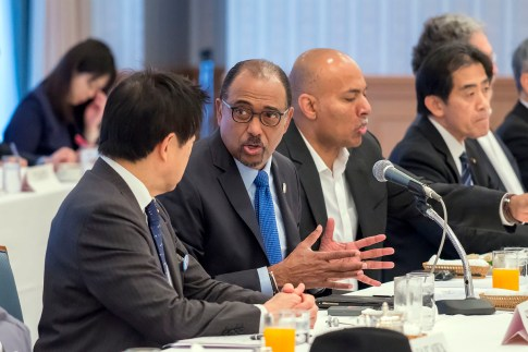 Mr. Sidibé speaking with the Global Health & Human Security Executive Committee