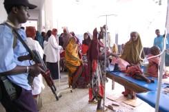 コレラ流行時のソマリア首都モガデシュの病院(ユニセフ時代/國井氏ご提供)