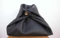 Black clutch bag with clasp fastening open 35 x 22. 64€