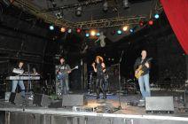 HiRes beim Bunker-Rock-Konzert in der Röhre am 15.12.2011.