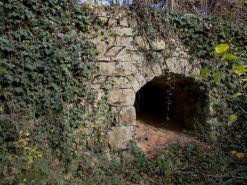 Nische in der Panzermauer bei Unterriexingen.