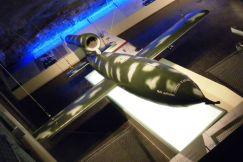 Marschflugkörper Fi 103 (V1) im Museum in Wizernes. Das KZ Vaihingen/Enz wurde ursprünglich für den Bau einer V1-Fabrik angelegt.