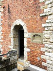 Der 1891 erbaute Turm sollte dem Zeitgeist entsprechend an ein Kastell erinnern.