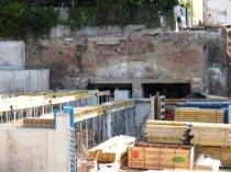 Nicht alle Räume der Braukeller wuden entfernt. Die Räume im Hintergrund wurden in die Neubebauung integriert.