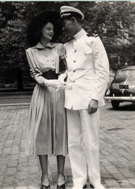1940s fashion woman and man couple
