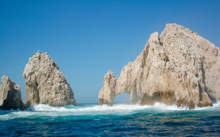 El Arco de Cabo San Lucas, a rock formation you can see in Mexico