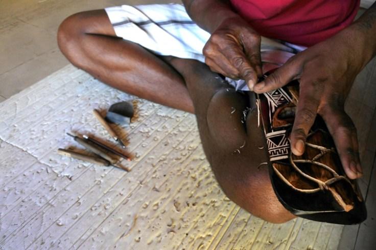 fijian wood carving
