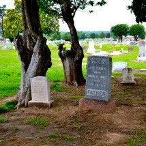Four Tips for Sleuthing in Cemeteries for Your Ancestors
