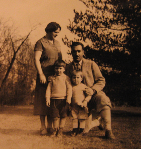 1930s family posing for a photo