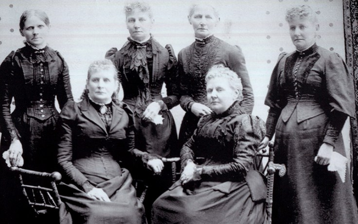patience Loader and her sisters.
