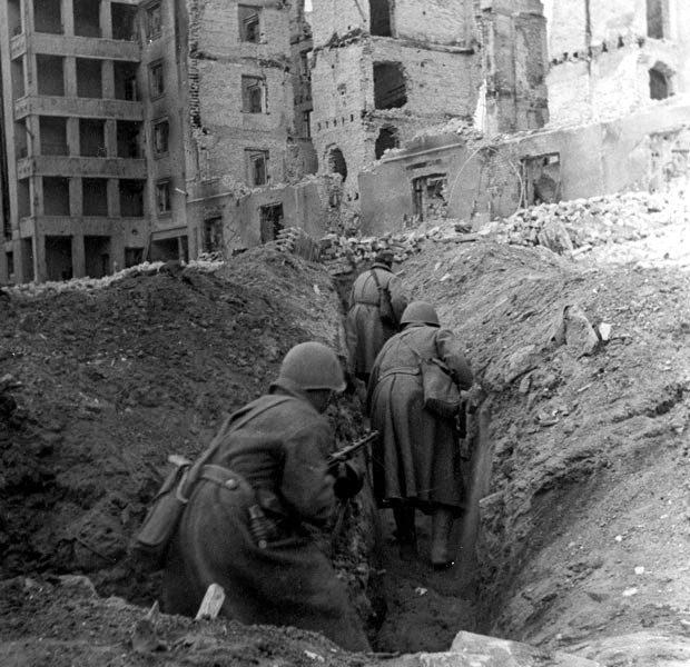 Soldiers in trenches at the Battle of Stalingrad.