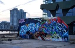 doing street art3