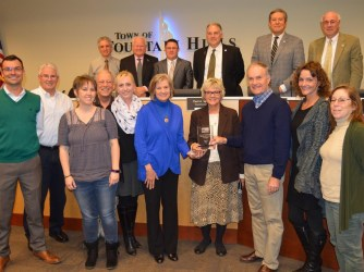 Presenting Commemorative Plaque to Town of Fountain Hills