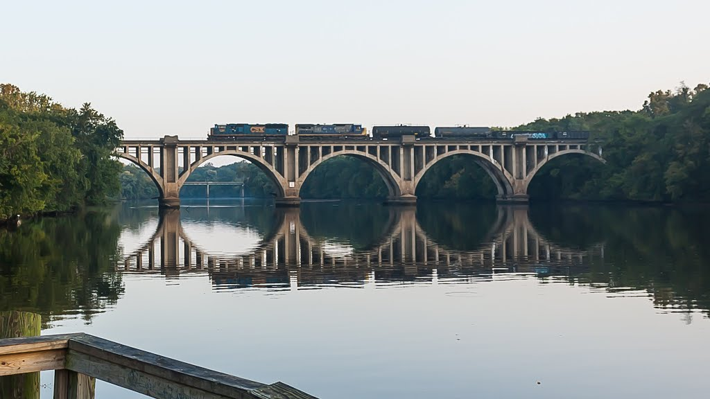 Chatham Bridge vaguely marks the spot where John Smith landed at Fredericksburg.