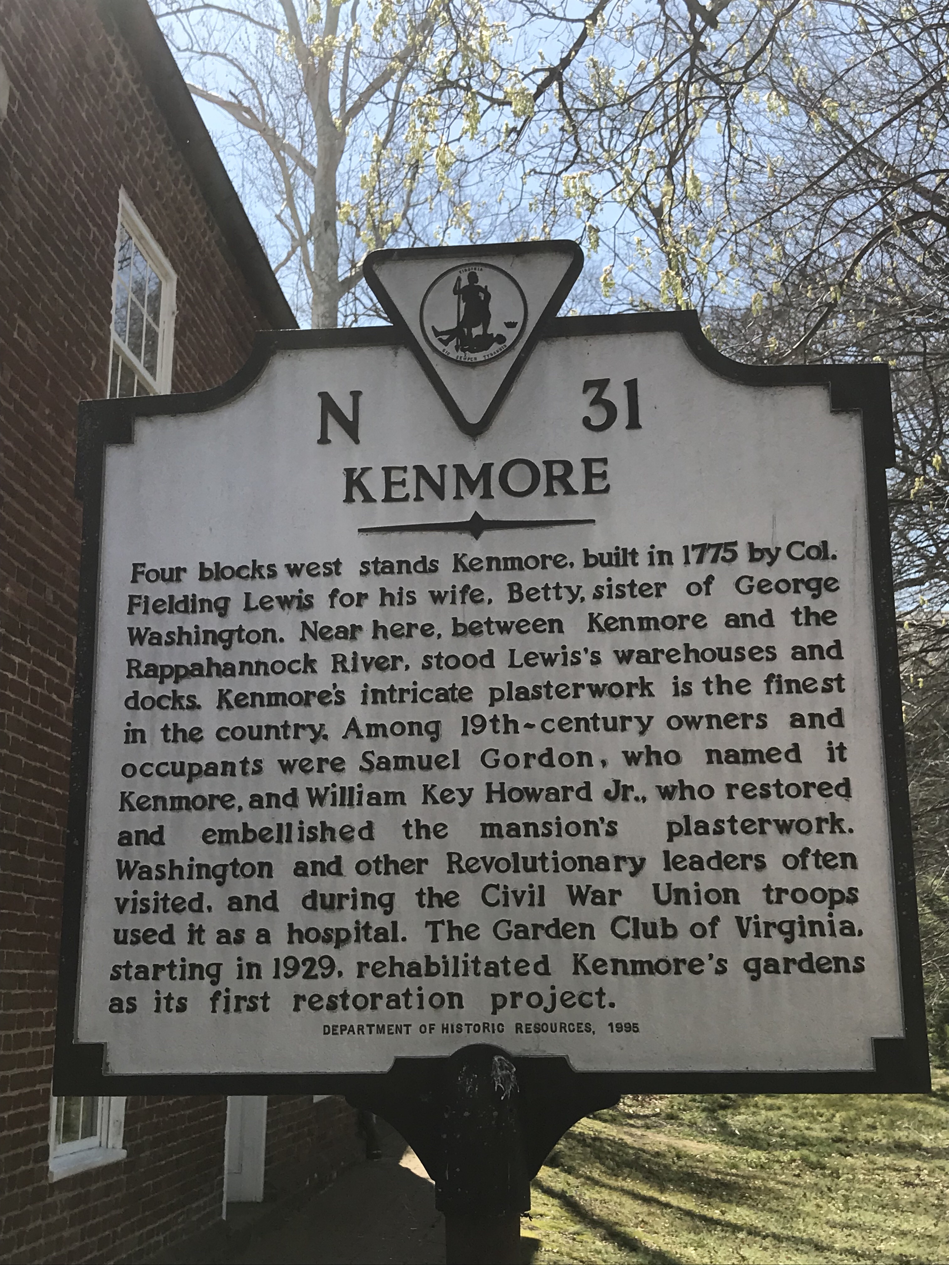 Picture of the historic Kenmore State Marker