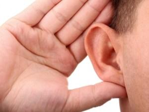 كيف تعمل حاسة السمع عند الانسان