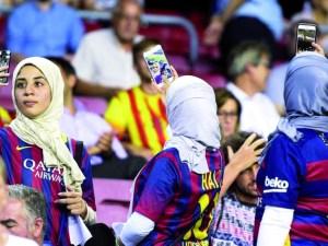 صور مشجعات برشلونة 2018
