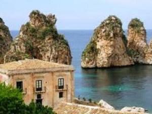 ما اكبر جزر البحر المتوسط