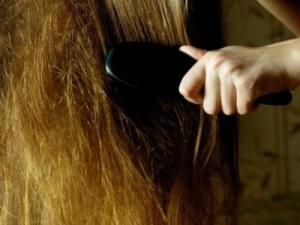 علاج الشعر التالف من الفرد والصبغة