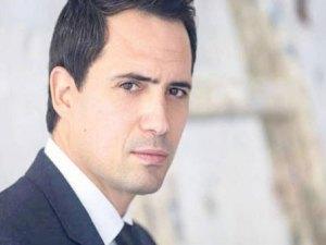 صور بطل مسلسل عروس بيروت 2020