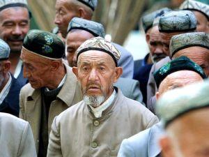 من هم مسلمي الإيغور