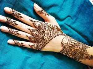 تفسير حلم الحناء في اليد للمتزوجة