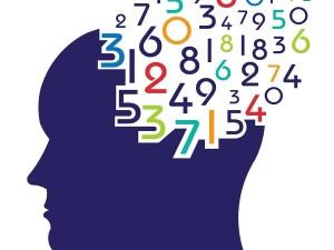 الجمل الصحيحة التي تعبرعن البيانات لعدد الأقلام التي يمتلكها طلاب الصف الخامس