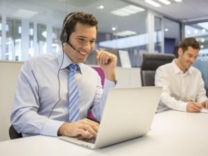 لدى شركة 72موظفا وتخطط ادارة الشركة لزيادة عددهم بمقدار