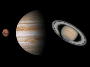 اكبر كواكب المجموعة الشمسية هو