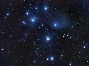 تصنف النجوم وفقا لاختلافها في درجة الحرارة