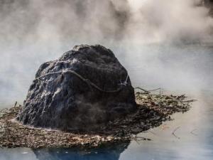 سبب تبخر الماء على سطح الارض