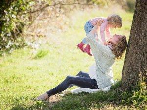 الموانع الدائمه والمؤقته التي تعيق بعض الامهات عن ارضاع اطفالهن رضاعه طبيعيه
