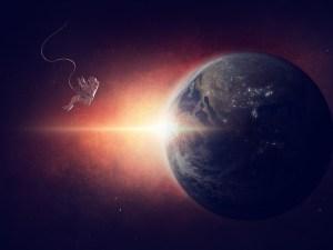 أي من الكواكب الداخلية التالية ليس له غلاف جوي؟