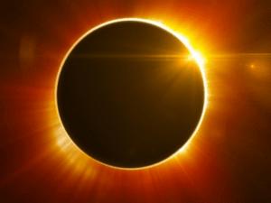 كلام عن كسوف الشمس