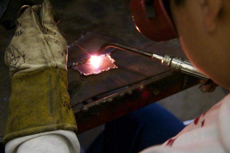 Classroom Insider: Connecting Metals