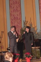 Jacek Beszczyński (i gościnnie pomagająca w licytacji Agnieszka Korzeniewska)