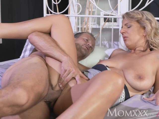 Mom Experienced Man Licking Pussy And Making Housewife Feel Amazing Free Porn Videos Youporn