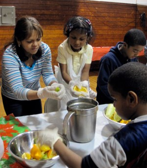 A 'Cooking Matters for Families' class conducted by City Harvest