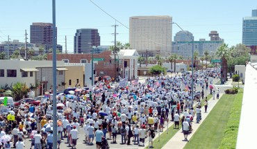 Tens of Thousands March in Phoenix Against SB 1070 - Photo: José Muñoz