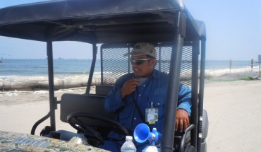 Victor Cariás, a supervisor on an oil spill cleanup crew in the Gulf of Mexico - Photo: Annie Correal