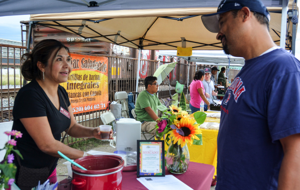 Roxanna Flores, a health education advocate at the Nogales Mercado
